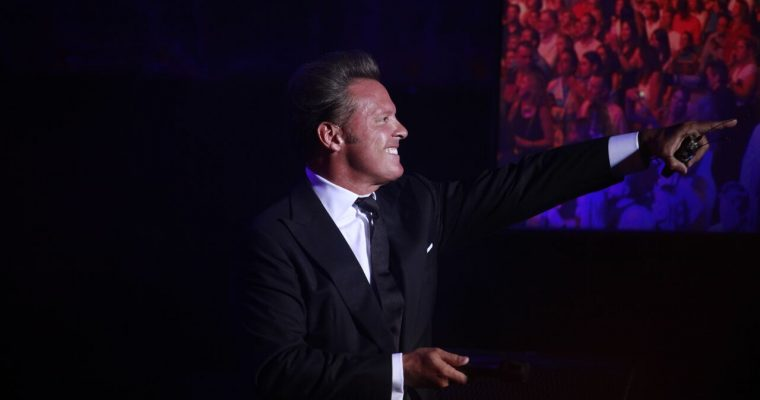 Starlite kicked off its seventh edition with the most iconic Latin artist of all time, Luis Miguel